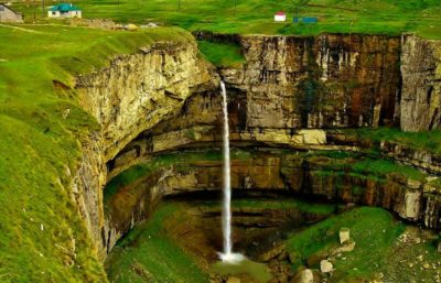 Водопад Тобот.