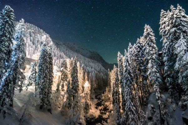 Зима в Домбае