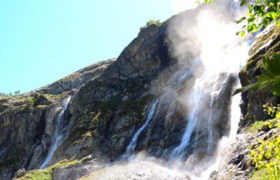 Софийские водопады во всей красе.