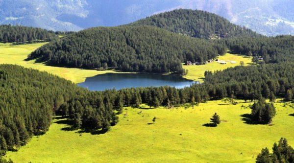 Горное озеро Хурла-Кель
