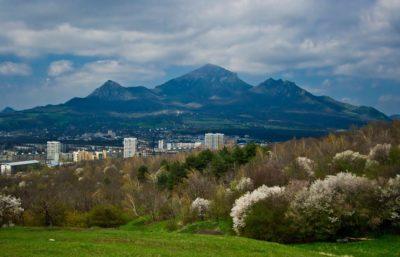 Горы Машук и Бештау